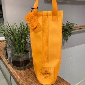 NWT VEUVE CLICQUOT Insulating bag